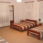 4 κλινο δωμάτιο